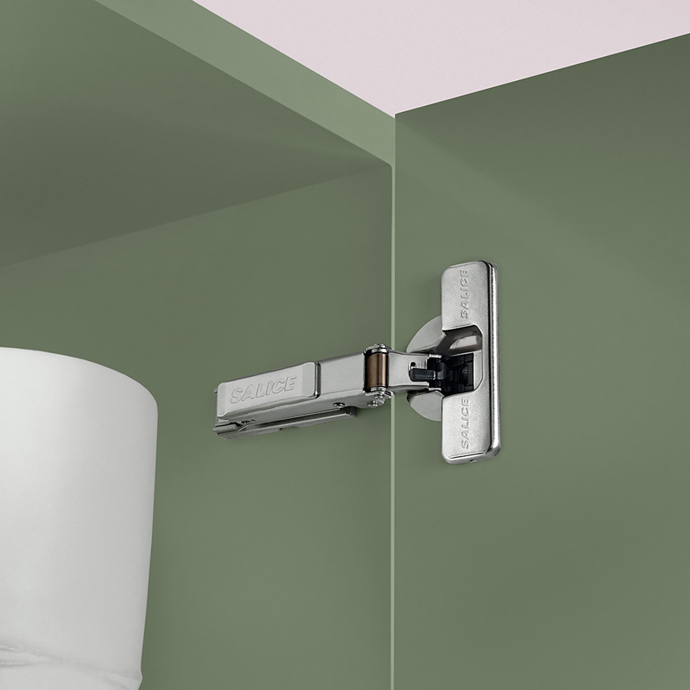 Silentia+ Series 700 Adjustable Soft-Close for Standard Doors